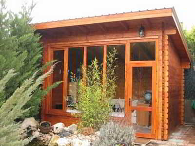 Chalet en couleur ORANGE 14m2