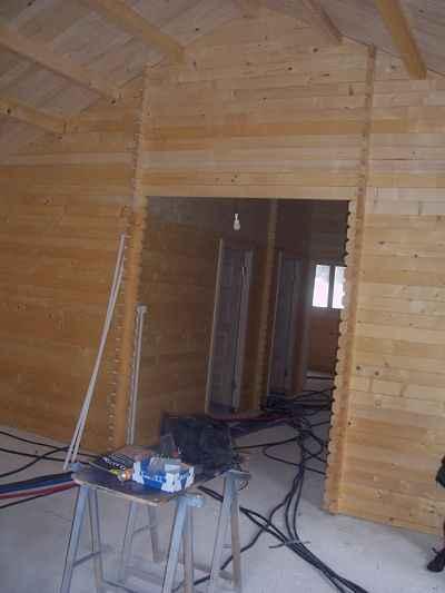 Chalet bois kit plan perso 90m2 au sol instalee for Prix maison bois 90m2